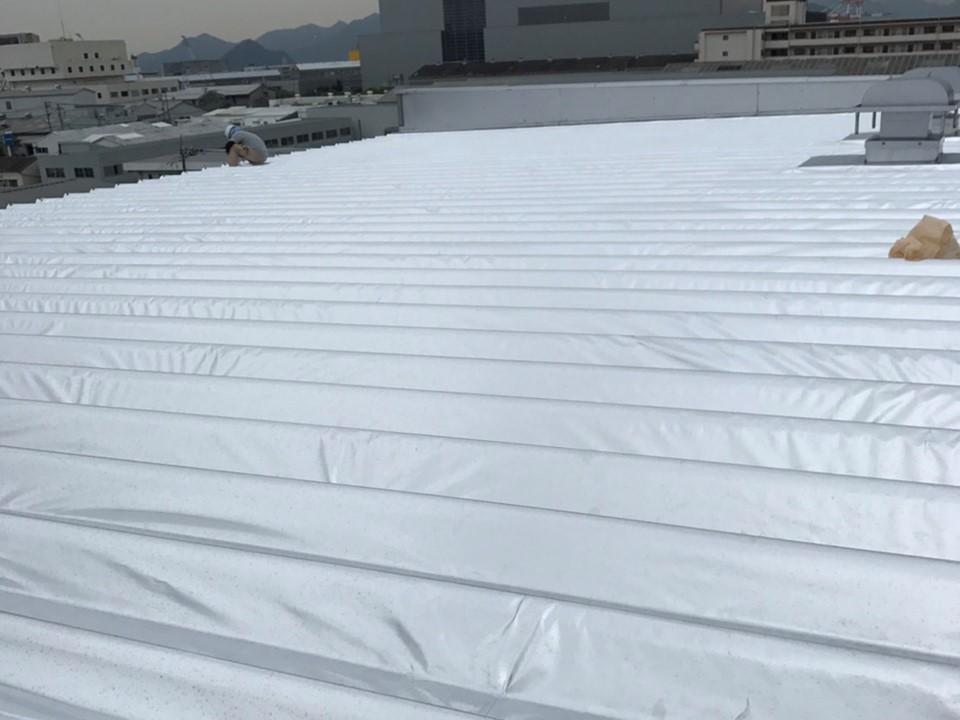 めんつゆ製造工場で遮熱対策