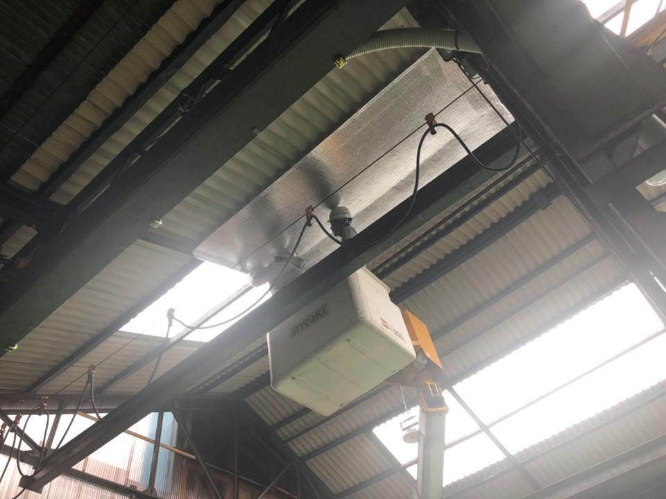 スレート屋根工場で屋根下施工