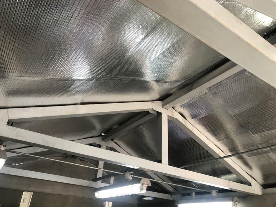 揮発性塗料保管庫で夏場の環境対策